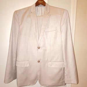 Perry Ellis suit from Dillard's 38x32 EUC